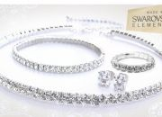 Scintillating quad set made with Swarovski Elements for only R299, including delivery