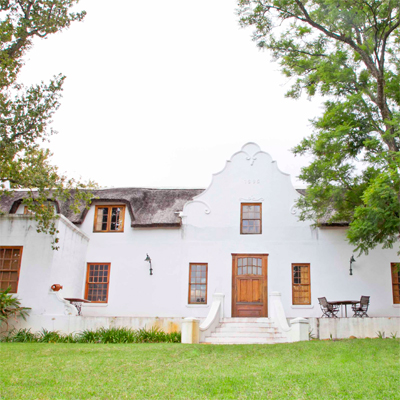 One nights stay for 2 people at the Oude Wellington for only R425 valued at R950 - including breakfast!