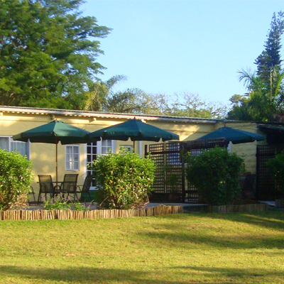 Stay at Macadamia Lodge (KZN) on a self catering basis for R200 per person per night and receive a FREE bottle of wine!