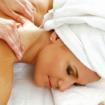 Experience the relaxing and healing effects of a full body Chinese Pressure Point massage and free eyebrow or lip wax!