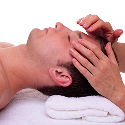 On offer for men is the choice between an hour relaxing clinical massage or a hot stone massage. For the ladies there's a hot stone massage and an Indian head massage. Only R159 per deal!