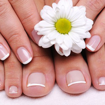 Get this Fantastic Deal! A luxury Polish Pro French for only R45 from Nails by Michelle!