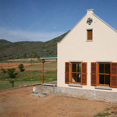 Tucked away in the lush town of De Rust, on the iconic Route 62! Spend a night at Meijer's Rust Guest farm, only R350 per cottage p/n. Includes a complimentary bottle from the owner's favourite wine!!
