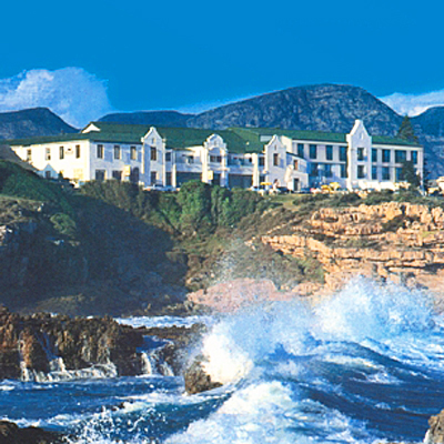 On the cliffs of Hermanus, with the most spectacular views, lies the Magnificent Windsor Hotel. Stay for only R680 for 2 people a night sharing, including breakfast!
