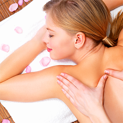 Specialised Ayurvedic facial with natural sugarcane extract glycolic peel with head, neck and shoulder massage plus a foot soak and aroma massage for only R175 at Pulse Health and Beauty!!