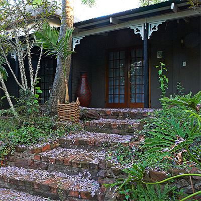 Discover a hidden jewel in the Waterberg Region in Limpopo, The Shangri-La Country Hotel!! Only R499 p/n for 2 adults sharing!!