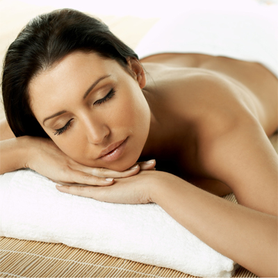 De-stress with a full body massage, 30 minute Ozone Therapy and breakfast at Green Ivory for only R299!