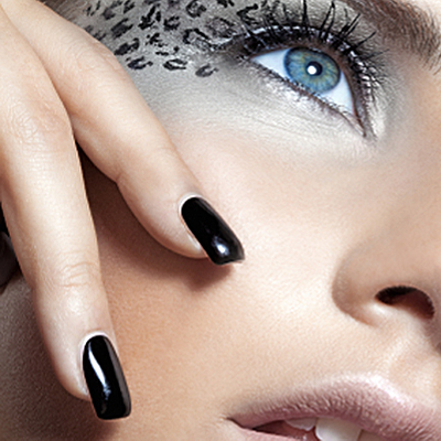 Get a fresh new sizzling summer look! Pay R165 for a Gelish mani & pedi from Ladies Love This and save 50%!