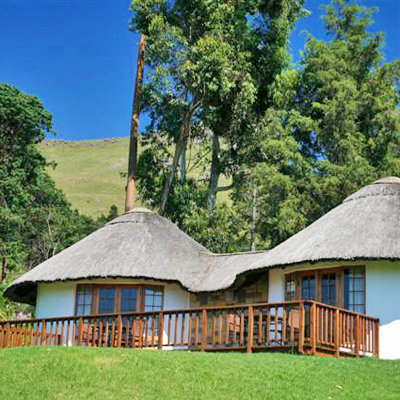 Unwind in the Midlands and spend a night with your partner at Everglades Hotel. Only R 475, incl breakfast. To add to your experience a 25% discount will be given towards the full price of a Karkloof Canopy Tour!