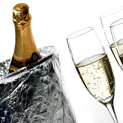 Enjoy the simple moments in life with twelve 750 ml bottles of Prosecco sparkling wine. Includes nationwide delivery!