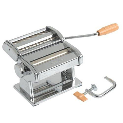 Make pasta like an Italian! Pay only R287 a pasta maker- nationwide delivery included!