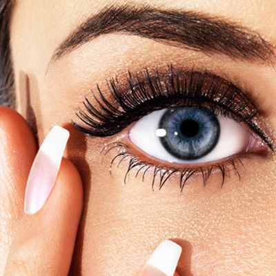 Get brows that are even all day with Brow Bar to Go by Whitening Lightning. Only R199 including delivery!