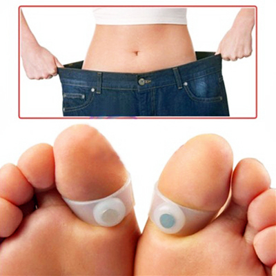 Shed weight on the go with a set of 2 Magnetic Slimming Foot Massager Toe Rings for only R99! Delivery included.