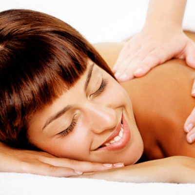 Experience 145 minutes of total relaxation! Full body massage and a Sh'Zen pedicure for R210 from Beauty Xplore!