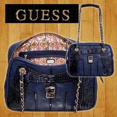 Guess Shoulder Chain Box Bag | R819