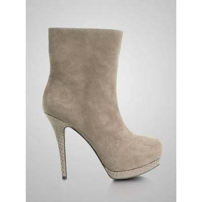 Guess Pilina Bootie   R799