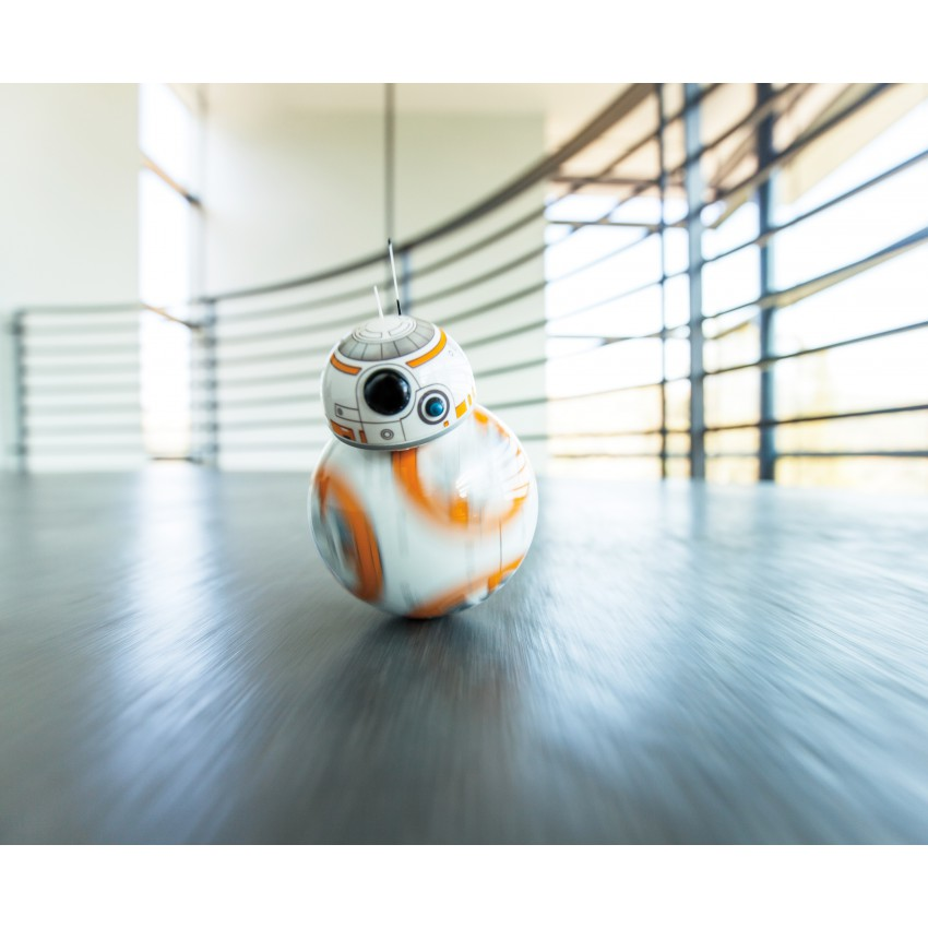 Star Wars App Controlled Sphero BB-8 Droid