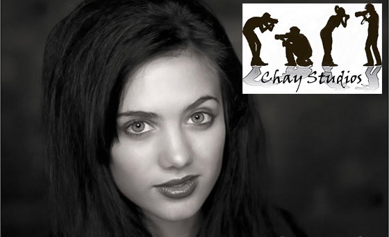 Save a massive 94% on an awesome photo op from Chay Studios. Pay just R199 and get a one-hour, in-studio photo shoot for up to 6 people, incl 5 high res jumbo prints and 20 high res images on disk plus fab bonuses (value R3200)