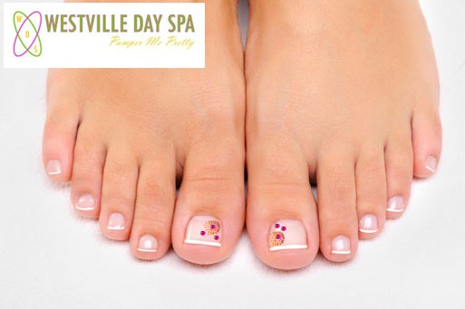 Step into Spring with a Deluxe spa pedicure including a foot massage with gel toes and nail art plus bonus from Westville Day Spa – just R159 (value R440)