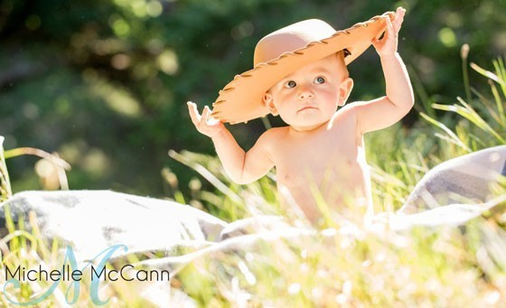 Relive those special moments forever with Michelle McCann Photography! Only R199 for a 45-minute, on location digital photography canvas photo shoot for up to four people including 50-100 low res images, 10 jumbo prints and more! SAVE 87%