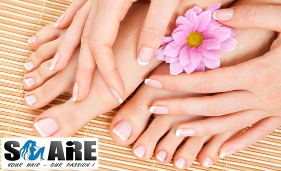 Treat yourself to some 'ME' time and glam your hands and feet with a choice between Gel overlays for your hands/feet OR Natural Acrylic Nail tips incl an Eyebrow tint & shape OR Nail art & more for only R99, compliments of Glamstrands in Melville