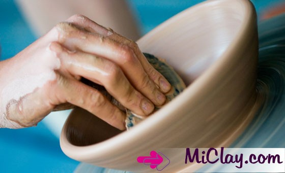 Create a visual masterpiece with Michele's Pottery Mosaic Studio: Only R129 for a Pottery OR Mosaic workshop session plus more (value R310)