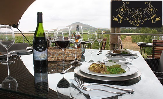 Take a short trip to the Cape Winelands & indulge in a Cheese & Wine pairing experience (4 cheeses/4 wines) for 2 ppl & MORE, only R89! Incl two entries (1pp) into their 'Minute to Win It' contest at Slaley