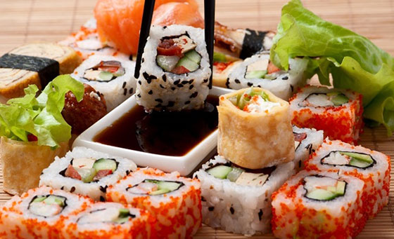 Unlimited sushi for 2 people including a pot of green tea to enjoy