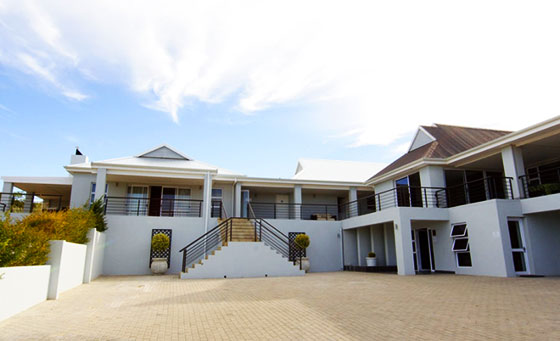 An overnight stay for 2 at Monte Video Guesthouse
