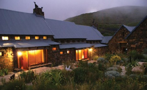A 2-night stay for 2 including breakfast at Tenahead Mountain Lodge
