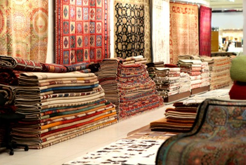 For R99, receive R600 towards selected, medium-sized rugs
