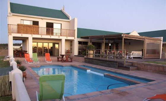 A 2 night West Coast escape for 2 at the 4 star Wacky Bush Lodge