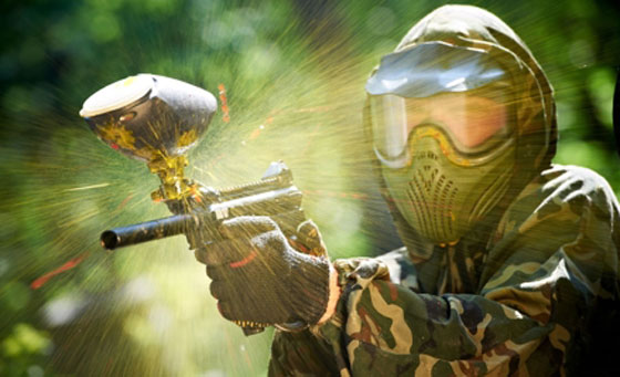 Thrilling paintball experience for 4 people at Earth Adventures