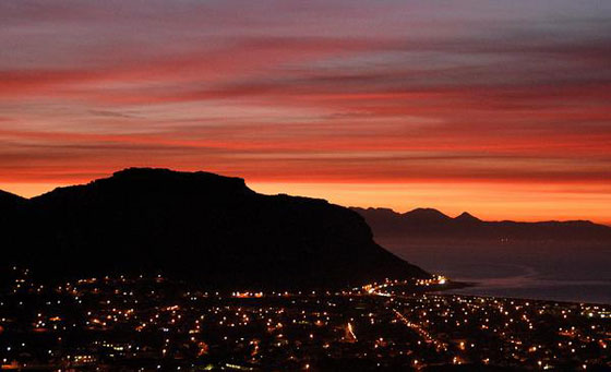 A 2 night getaway for 2 in Fish Hoek