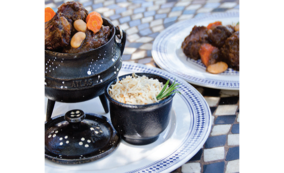 Oxtail and malva pudding for 2 at moyo Blouberg
