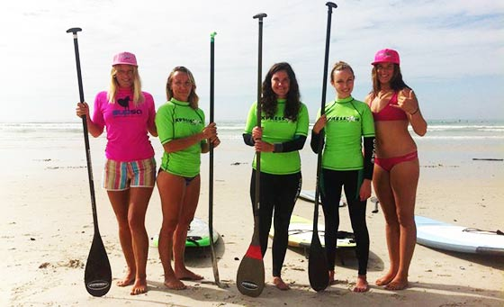 A 1 hour group SUP boarding lesson