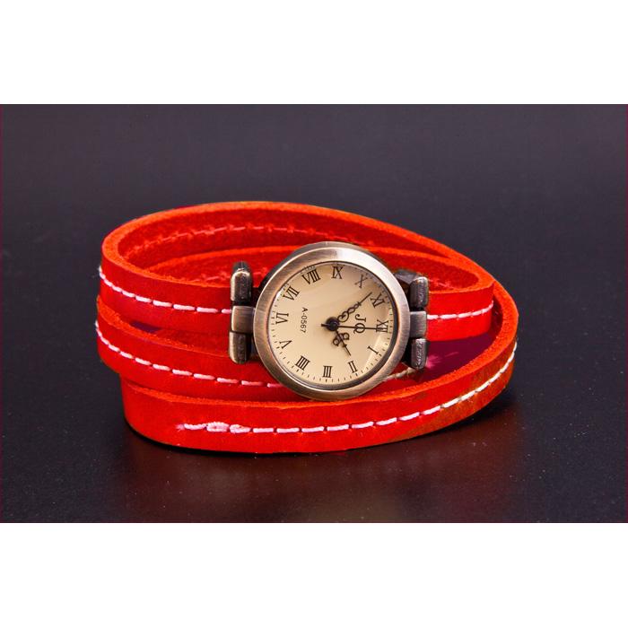 Red Vintage Watch 101511