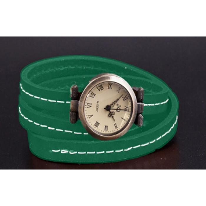 Green Vintage Watch 101512