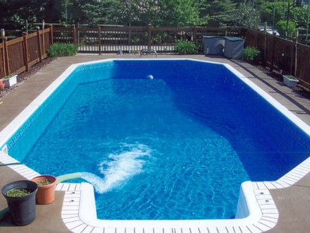 Get Your Pool Looking Great For Summer! Pay R150 for 4 Swimming Pool Cleaning Sessions, Once a Week for a Month, valued at R1000 from Greensquare Garden Services (85% off)