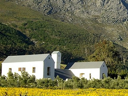Tucked Away Against the Drakenstein and Franschhoek Mountains! Pay only R800 for a 1 Night Stay for 2 People, including a Hearty Breakfast, valued at R1500 (47% off) at Goodings Grove Guest House