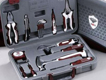 Pay R399 for a 17 Piece Tool Set, valued at R899 (56% off). Nationwide Delivery Included