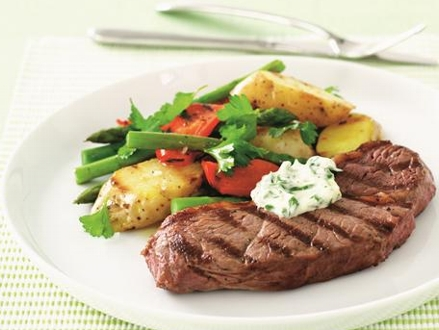 Pay only R79 for Two 300g Tender Garlic Rump Steaks Served with Potato Wedges and Fresh Veggies, from Lizzie's Place (worth R158.40)