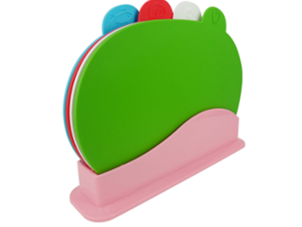 Pay R239 for a colour coded counter-top Cutting Board set, including National Delivery (worth R479)
