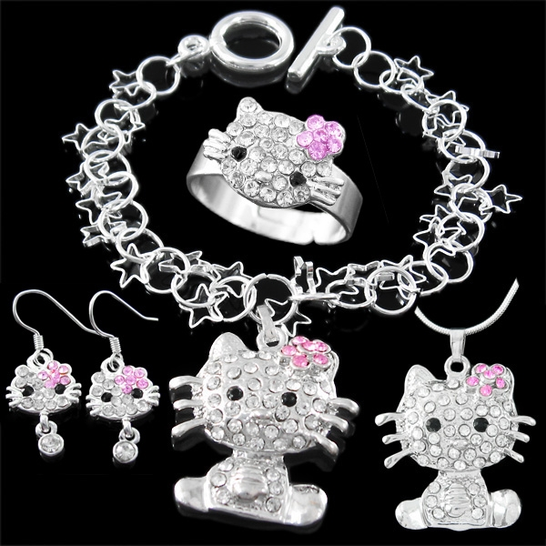 6e2d88f5e Little girls sparkle with Hello Kitty Jewellery Set – Necklace, Bracelet,  Earrings and Ring