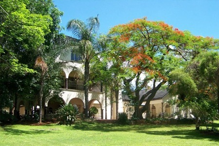 Hartbeespoort: B&B Stay for Two at The Ostrich Manor