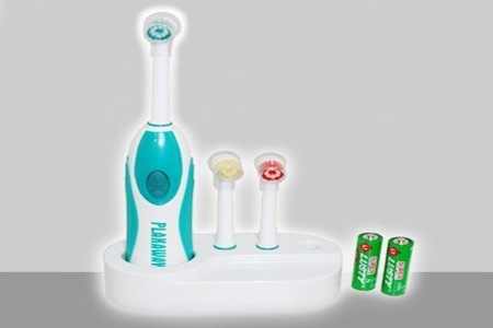 Plakaway Electric Toothbrush for R139.99 Including Delivery (53% Off)
