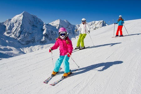 One-hour Introductory Lesson to Ski or Snowboard at Ski and Snowboard School of South Africa