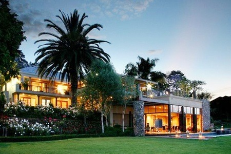 Johannesburg: B&B Stay for Two, Including A Massage at House Higgo