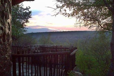 Rustenburg: Self-Catering Stay at Umbabala Bush Camp