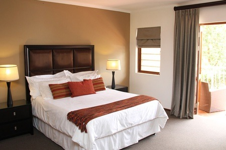 Johannesburg: Accommodation For Two at Times Square Executive Suites